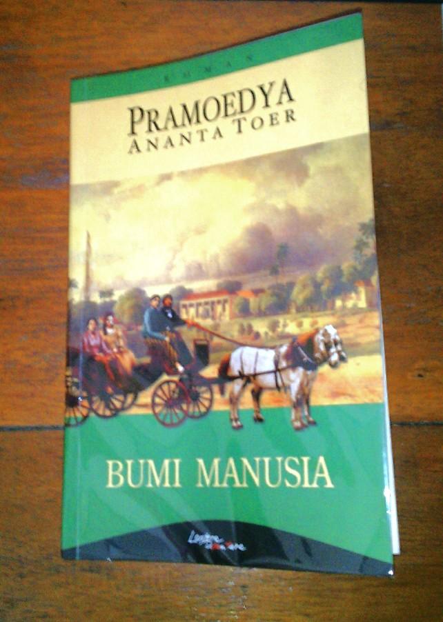 MEMBACA BUMI MANUSIA