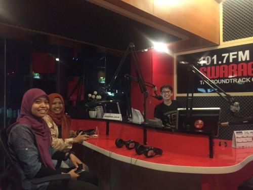 Launching EasyEnglish Swaragama FM Berbagi Untuk Negeri
